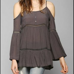 Anthropologie Staring at Stars Cold Shoulder Tunic